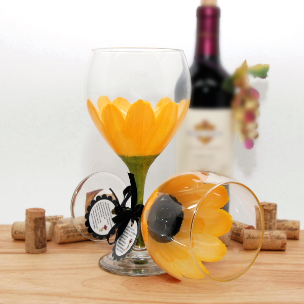 Handpainted School Bus Yellow Daisy Wine Glass
