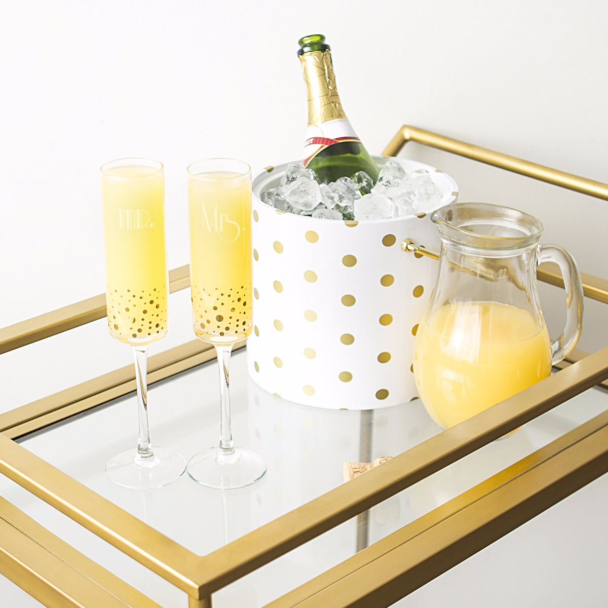 Mr. & Mrs. Gatsby Gold Dotted Champagne Flutes