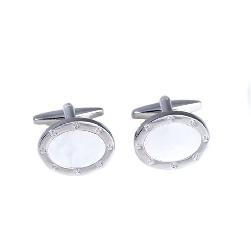 Rhodium Plated Cufflinks in Oval Design with Mother of Pearl