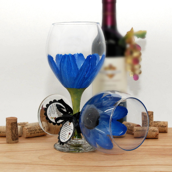 Handpainted Blue Daisy Wine Glass
