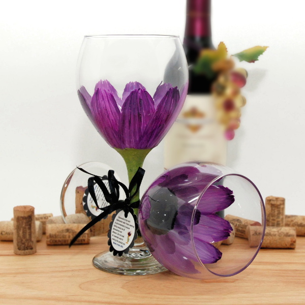 Handpainted Violet Daisy Wine Glass