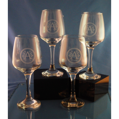 Personalized Esprit Crystal Wine Glasses (set of 4)
