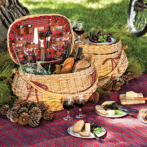 Highlander Wine Picnic Basket