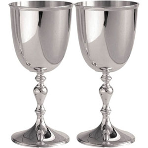 Wine Goblets in Wooden Gift Box