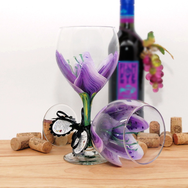 Handpainted Purple Stargazer Lily Wine Glass