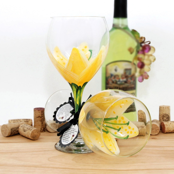 Handpainted Yellow Stargazer Tiger Lily Wine Glass