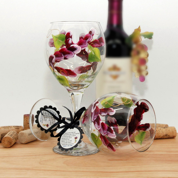 Handpainted Berry Wine Wrap Around Wine Glass
